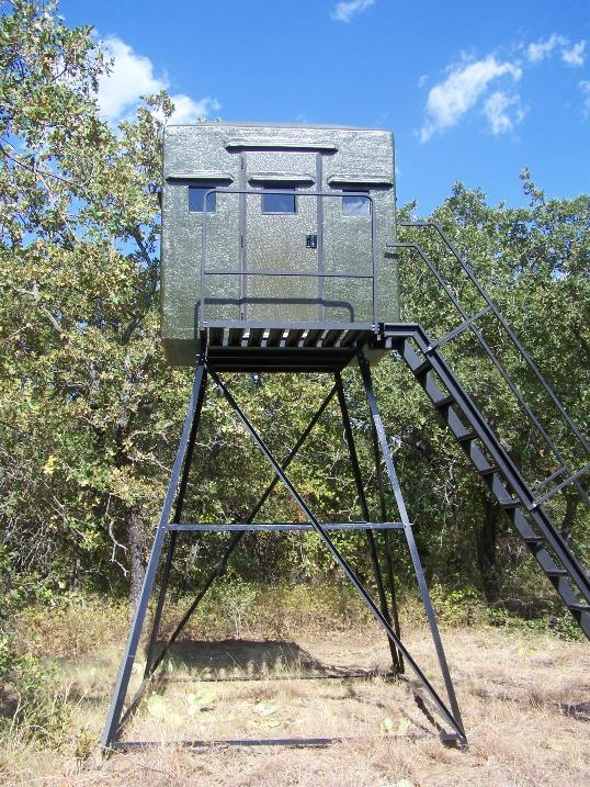 Texas deer stands hunting box blinds feeders deer stand for Best deer stand plans